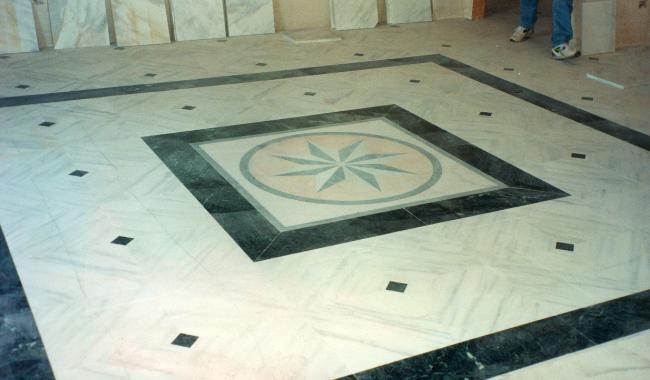 pavimento greca mosaico marmo
